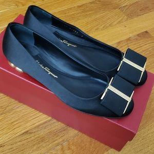 Salvatore Ferragamo Black Satin Dress Shoes Size 7